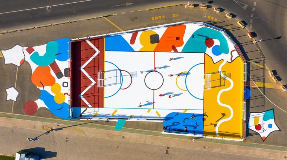Fixer is taking part in the multi-coloured sports area project in the Valencia Marina 4 - Fixer